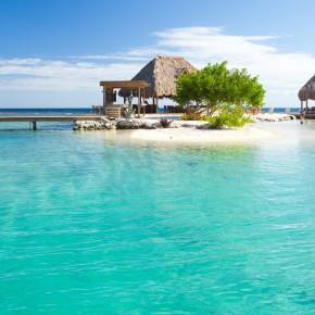Honduras-roatan-top-beach